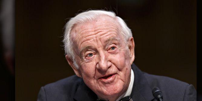 Longtime Supreme Court Justice John Paul Stevens passes away at 99