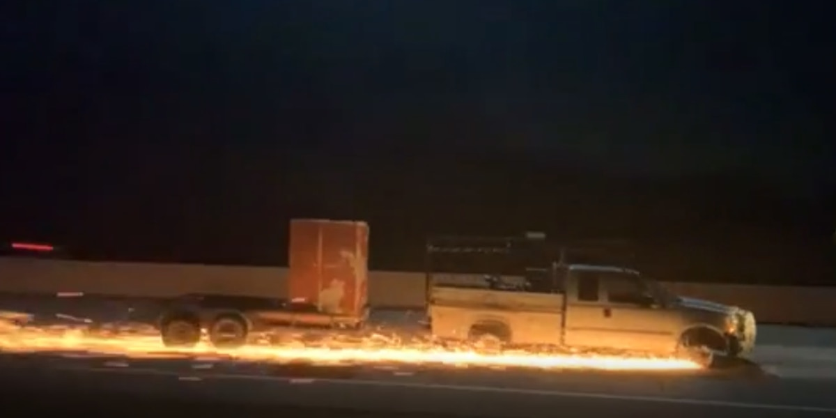MIREN: Las chispas vuelan durante la persecución policial en la I-20 desde el condado Kaufman hasta Marshall