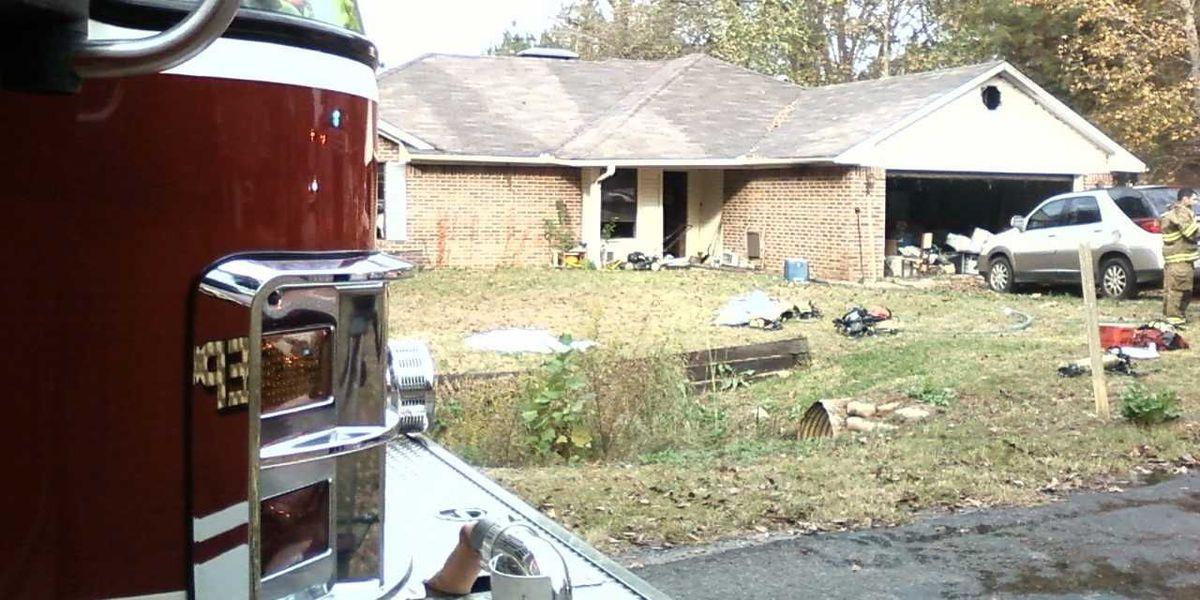No se reportaron heridas tras incendio en casa sur de Tyler