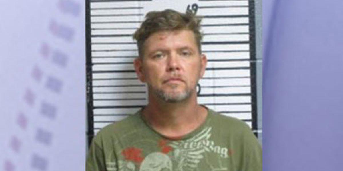 Agencias de aplicación de la ley del condado y del estado buscan a un preso de la cárcel del condado Tyler