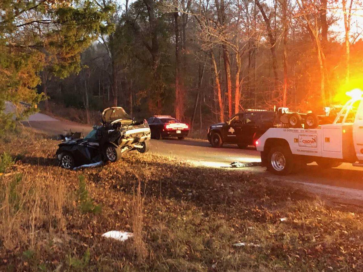 1 muere en choque entre un vehículo cerca de Troup