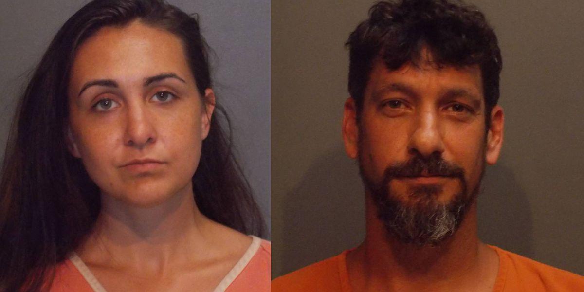 2 personas arrestadas por presuntamente estafar a los pequeños departamentos de bomberos del este de Texas de casi $50k