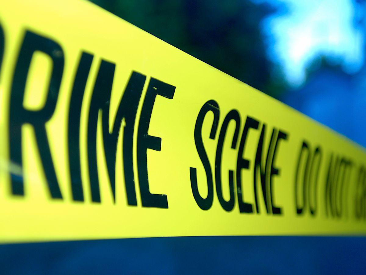 Tiroteo resulta en 1 persona muerta, 1 persona hospitalizada en Condado Henderson