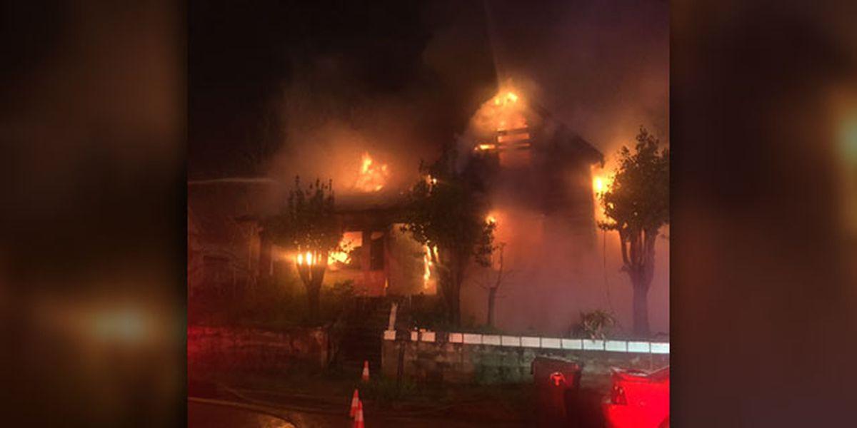 Incendio destruye casa en Tyler