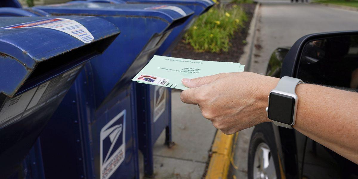 Voto por correo: ¿Podrá manejarlo Servicio Postal de EEUU?