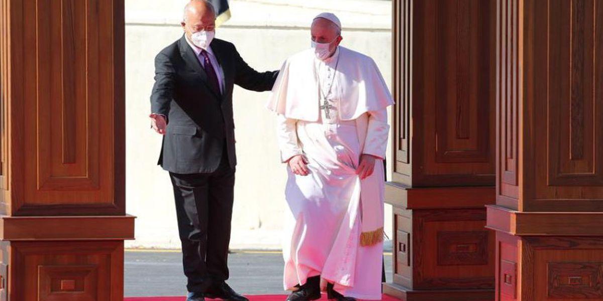 Histórico: el papa Francisco llega a Irak en medio de fuertes medidas de seguridad